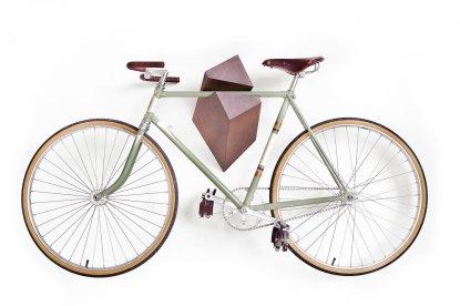 "Bike Rack - Oak Wood Bike Hanger ""Elk"" 1"